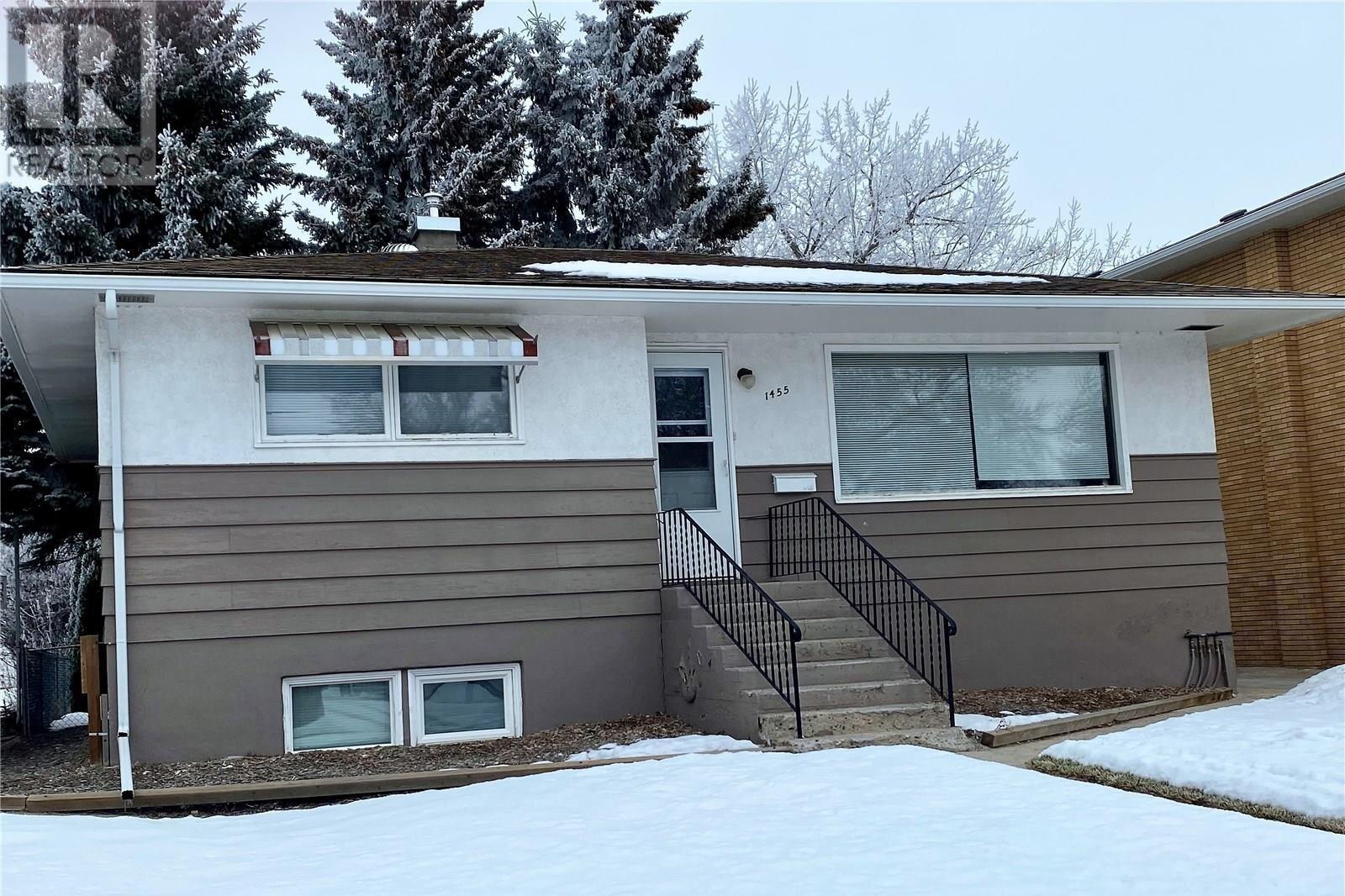 House for sale at 1455 Winnie St Swift Current Saskatchewan - MLS: SK837405