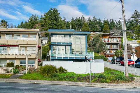 House for sale at 14597 Marine Dr White Rock British Columbia - MLS: R2420683