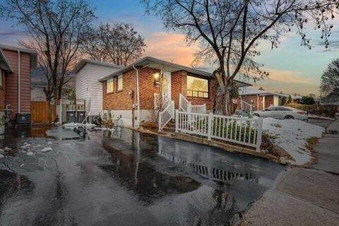 Townhouse for sale at 146 Archdekin Dr Brampton Ontario - MLS: W5001381