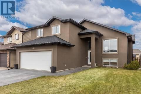 House for sale at 146 Bennion Cres Saskatoon Saskatchewan - MLS: SK770377
