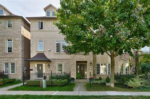 Townhouse for rent at 146 John St Oakville Ontario - MLS: O4581558
