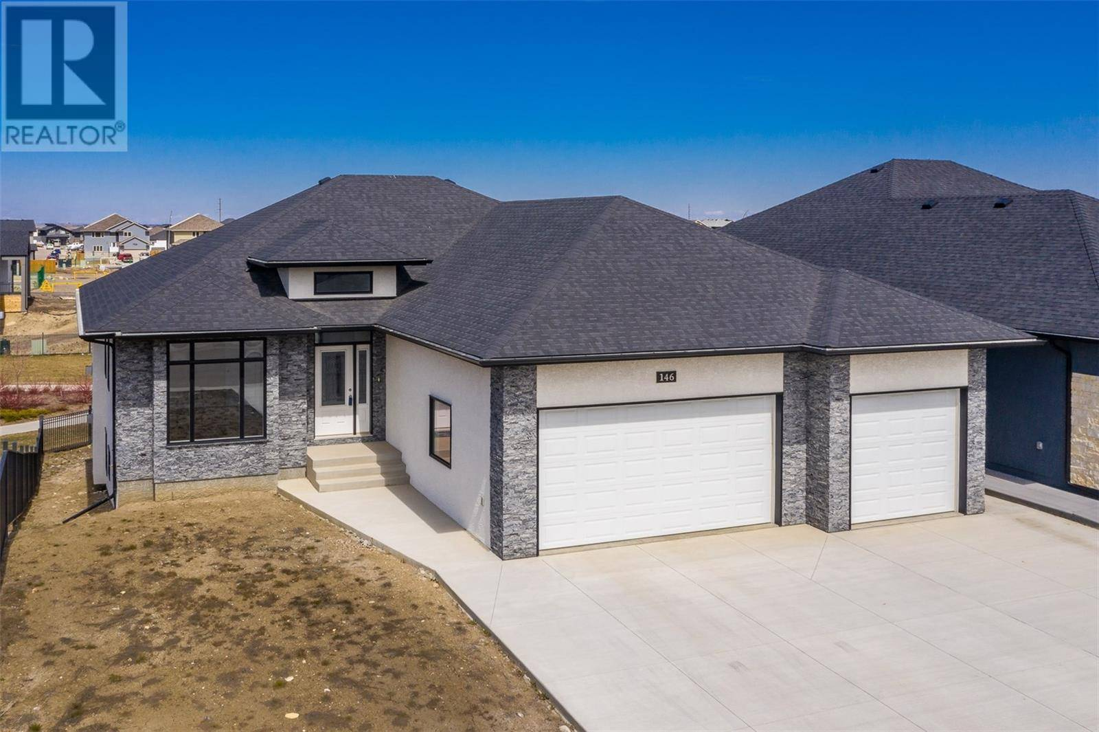 House for sale at 146 Johns Rd Saskatoon Saskatchewan - MLS: SK768953