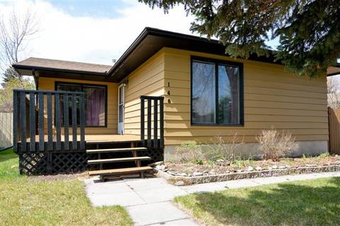House for sale at 146 Midcrest Cres Southeast Calgary Alberta - MLS: C4244598