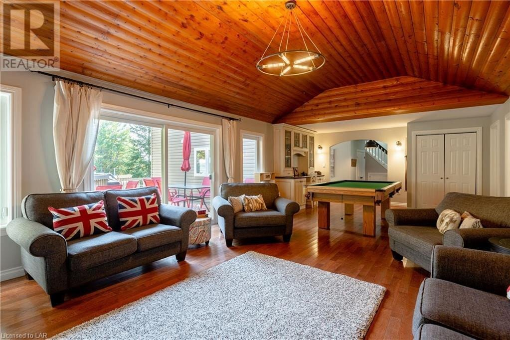 House for sale at 146 Rowanwood Ln Huntsville Ontario - MLS: 40036972