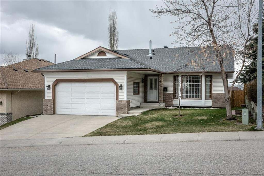 House for sale at 146 Sierra Vista Cl SW Signal Hill, Calgary Alberta - MLS: C4299562