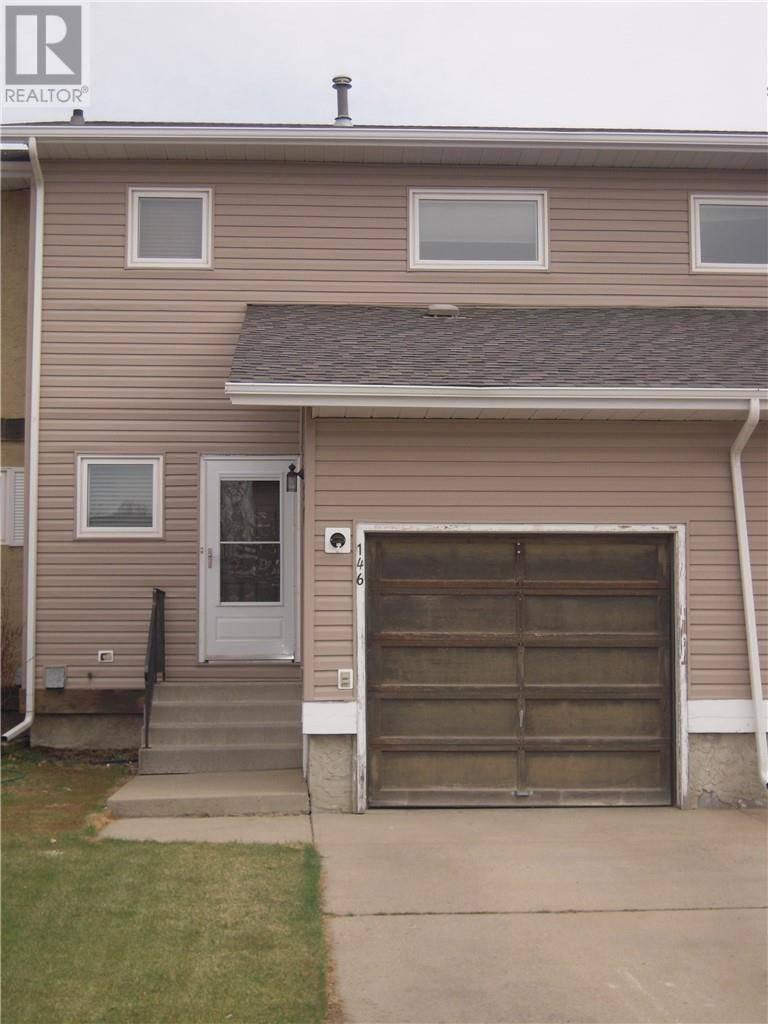 Townhouse for sale at 146 Winkler Dr Hanna Alberta - MLS: sc0174770