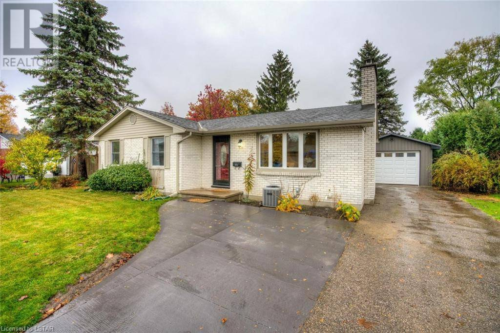 House for sale at 1460 Hastings Dr London Ontario - MLS: 230206
