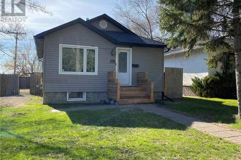 House for sale at 1460 Minto St Regina Saskatchewan - MLS: SK800081