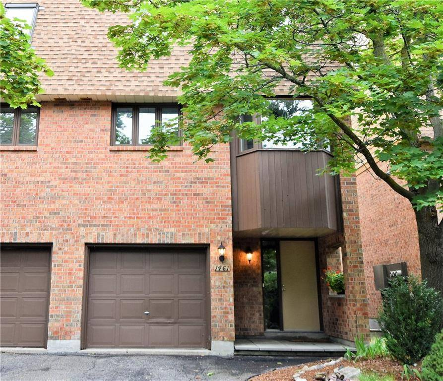 Townhouse for sale at 1461 Waltham St Ottawa Ontario - MLS: 1164818