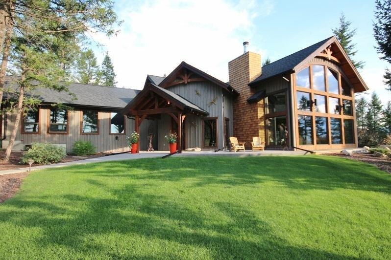 House for sale at 1461 Windermere Loop Road  Windermere British Columbia - MLS: 2450981