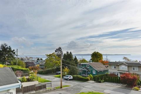 House for sale at 14659 Beach Ave W White Rock British Columbia - MLS: R2344837