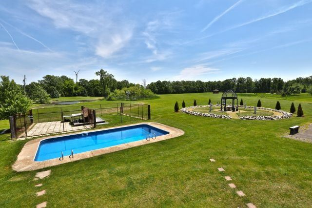 For Sale: 1468 Krick Road, West Lincoln, ON   3 Bed, 2 Bath House for $1,195,000. See 20 photos!