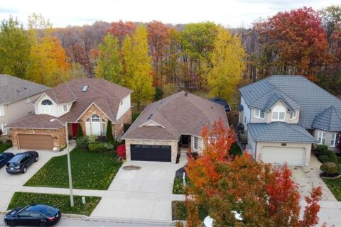 House for sale at 147 Green Bank Dr Cambridge Ontario - MLS: 40036560