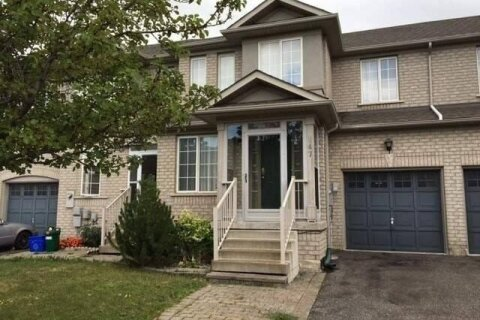 Townhouse for rent at 147 Nahanni Dr Richmond Hill Ontario - MLS: N4997259