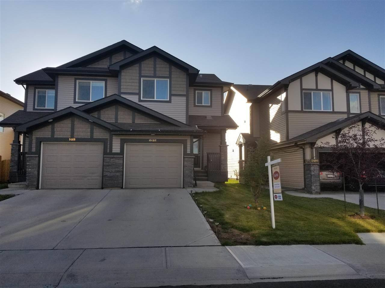 Townhouse for sale at 1474 33b St Nw Edmonton Alberta - MLS: E4192103