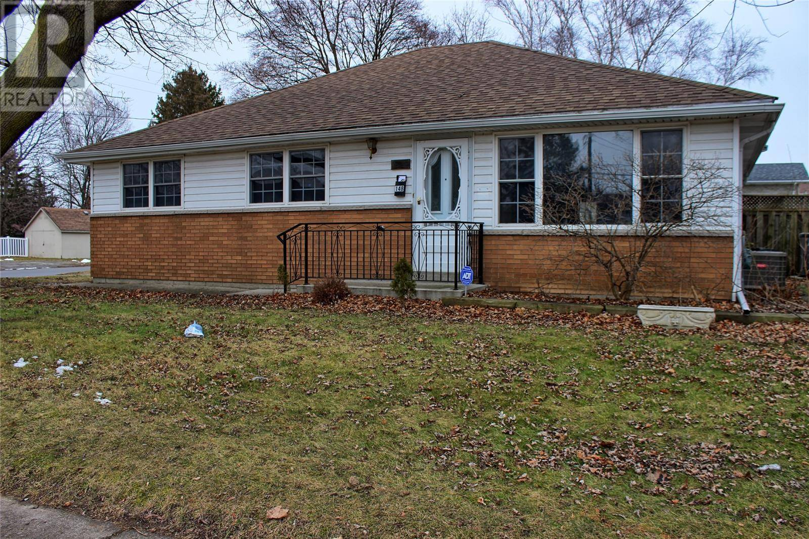 House for sale at 148 Mcnaughton Ave West Chatham Ontario - MLS: 20001082