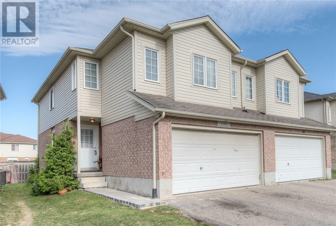 148 snowdrop crescent kitchener for sale 460000 zolo for sale 148 snowdrop crescent kitchener on 4 bed 3 bath solutioingenieria Image collections