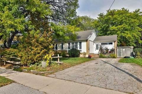 House for sale at 1483 Pembroke Dr Oakville Ontario - MLS: W4614590