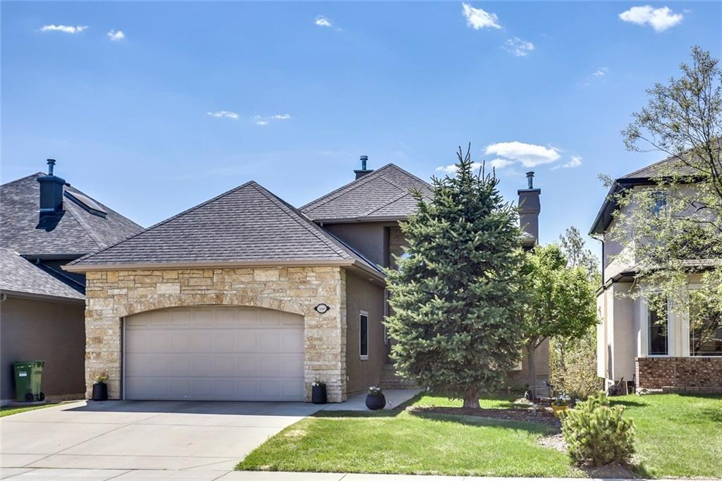 Sold: 1486 Strathcona Drive Southwest, Calgary, AB