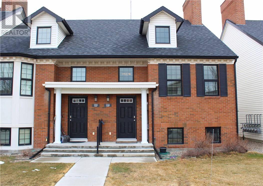 Townhouse for sale at 149 Lynx Rd N Lethbridge Alberta - MLS: ld0189393