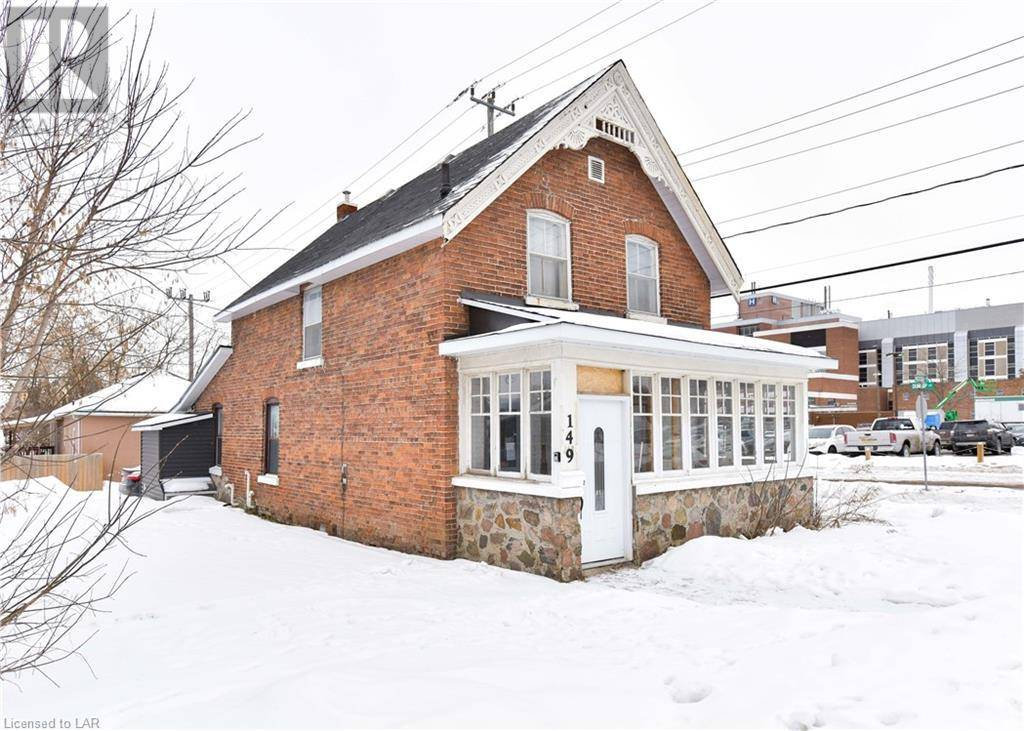 Townhouse for sale at 149 Mississaga St Orillia Ontario - MLS: 243791