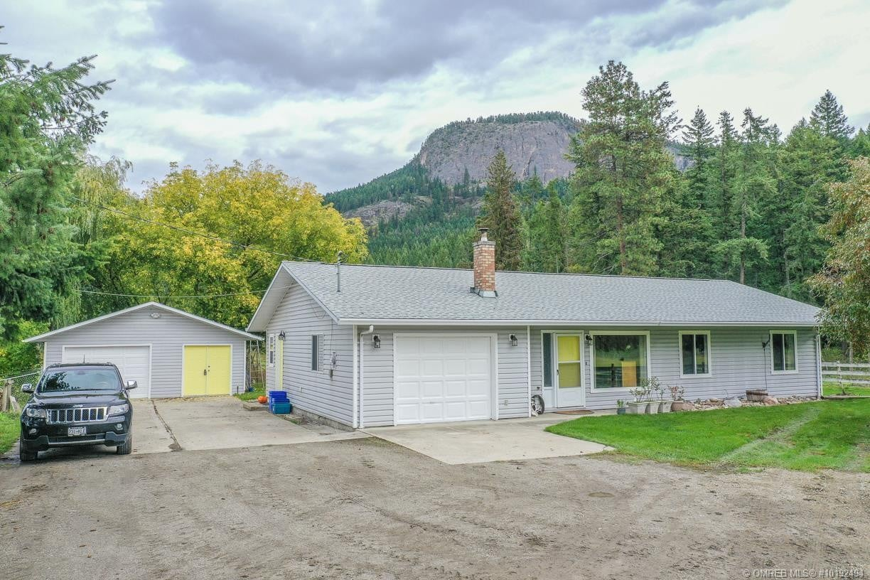House for sale at 149 Rawlings Lake Rd Lumby British Columbia - MLS: 10192494
