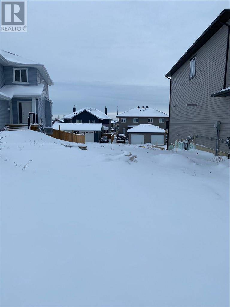 Residential property for sale at 149 Shalestone Pl Fort Mcmurray Alberta - MLS: fm0186304