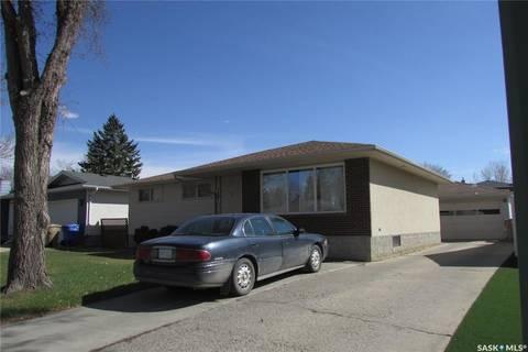 House for sale at 149 Tremaine Ave Regina Saskatchewan - MLS: SK760635
