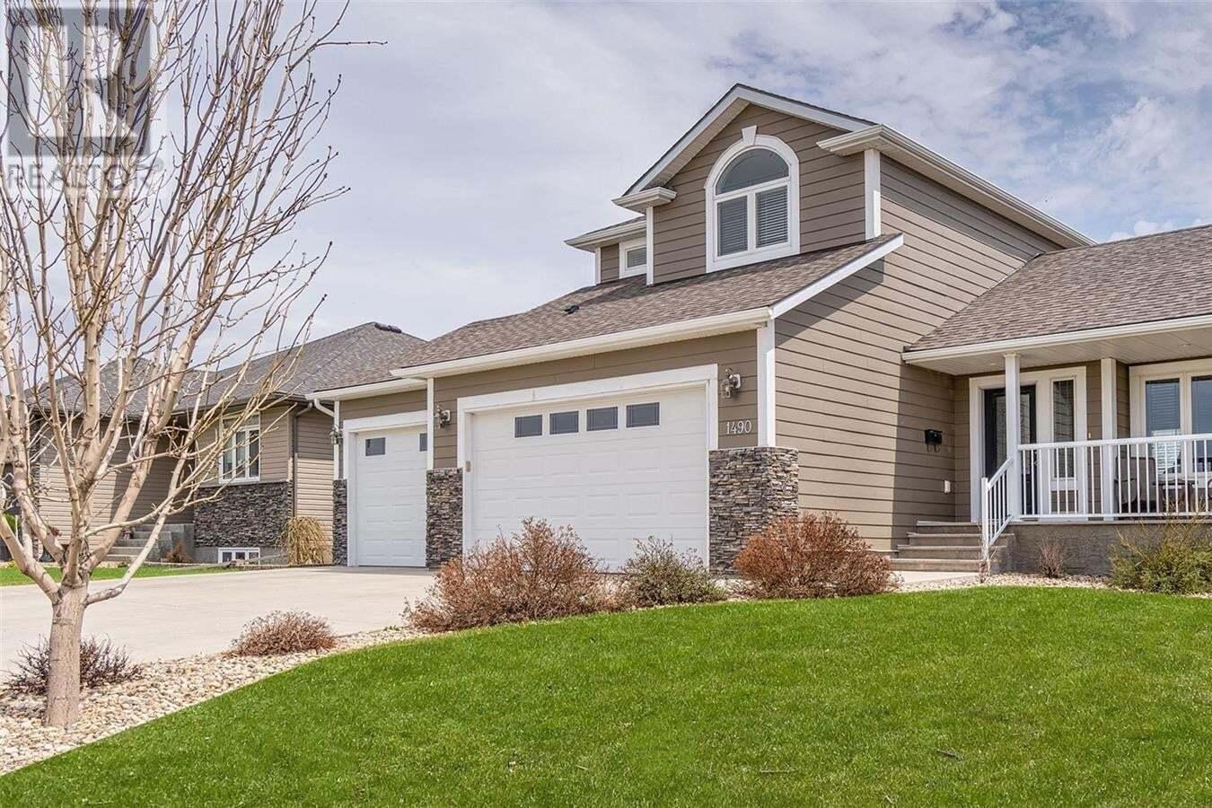 House for sale at 1490 Normandy Dr Moose Jaw Saskatchewan - MLS: SK815266