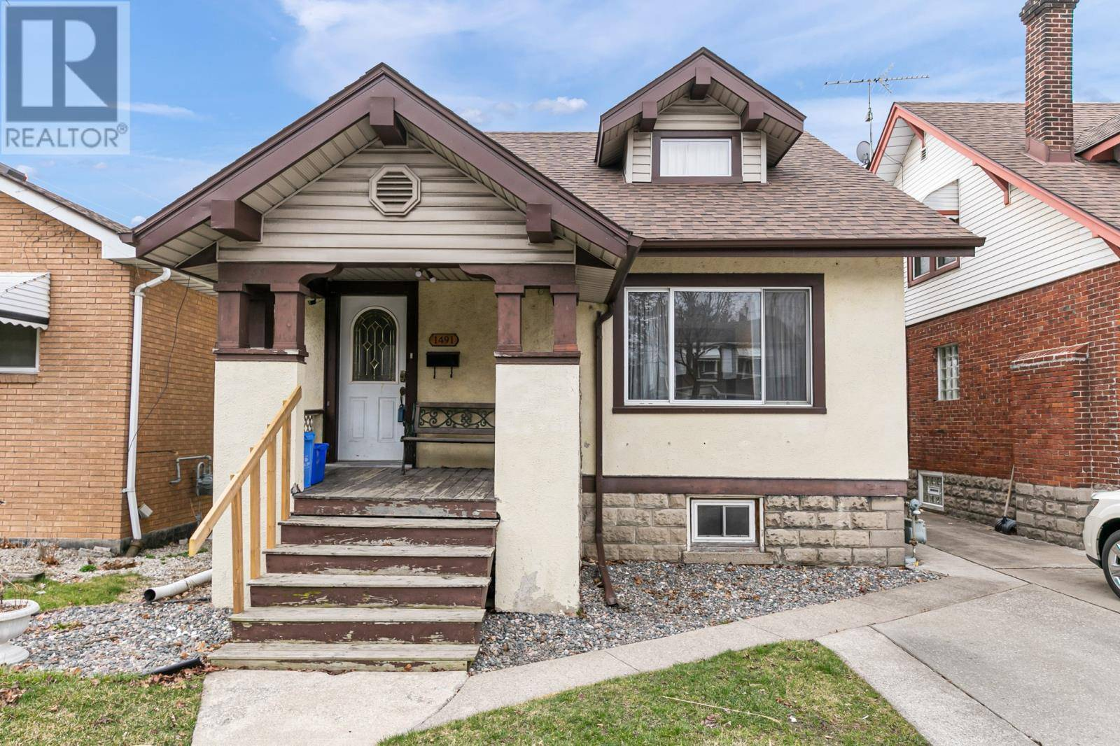 House for sale at 1491 Dougall  Windsor Ontario - MLS: 20003438