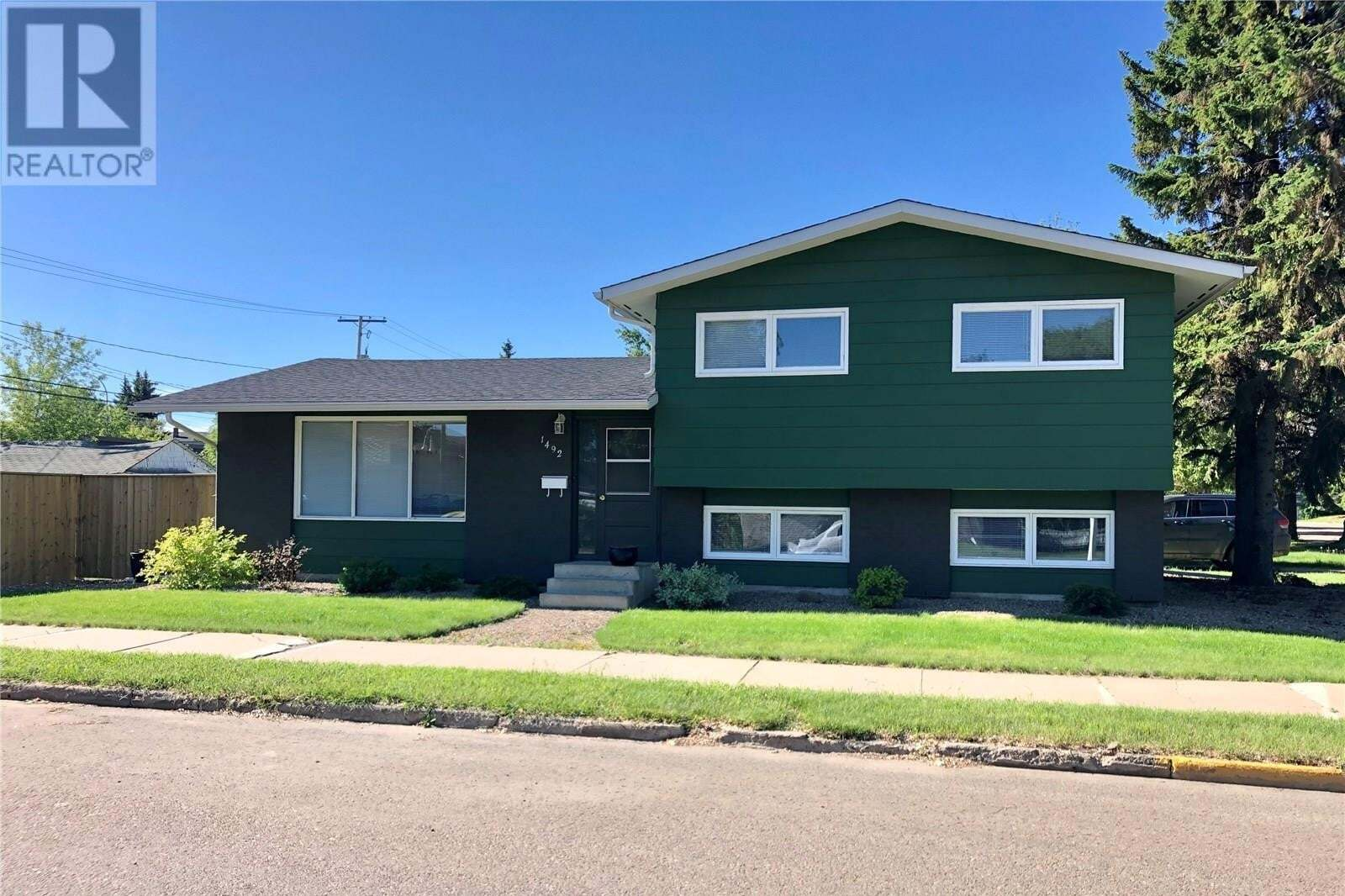 House for sale at 1492 99th St North Battleford Saskatchewan - MLS: SK813277