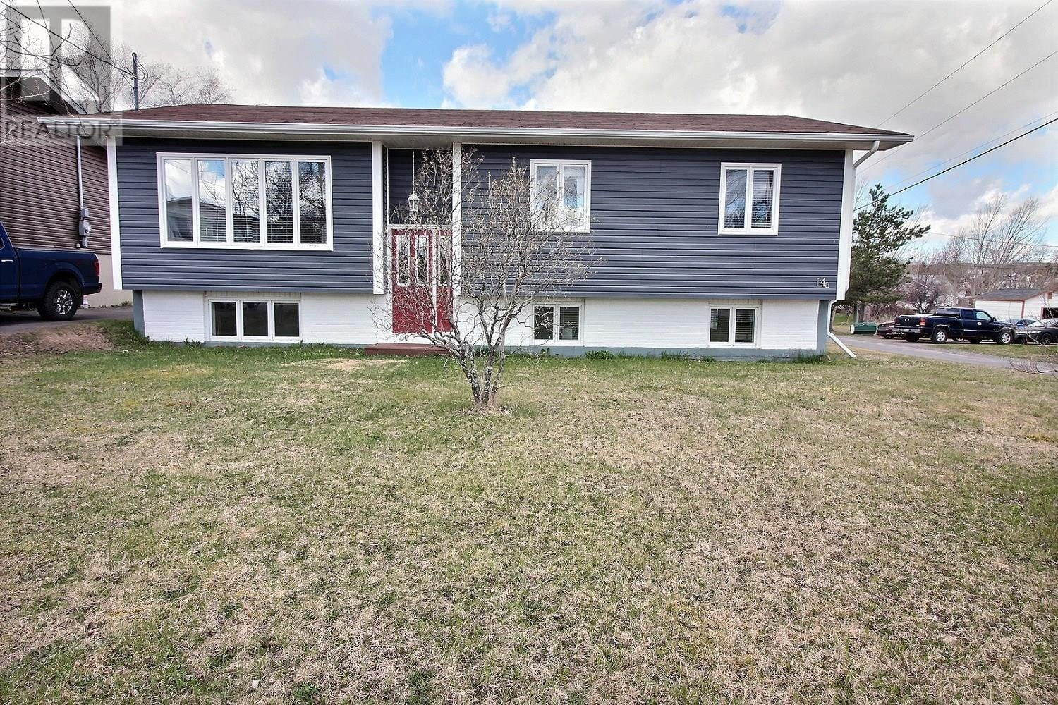 House for sale at 14 Kings Rd Botwood Newfoundland - MLS: 1217902