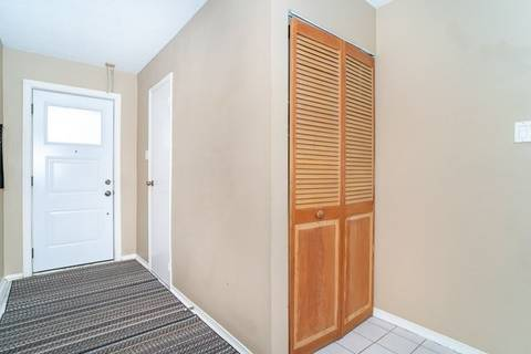 Condo for sale at 1039 Cedarglen Gt Unit 15 Mississauga Ontario - MLS: W4685283