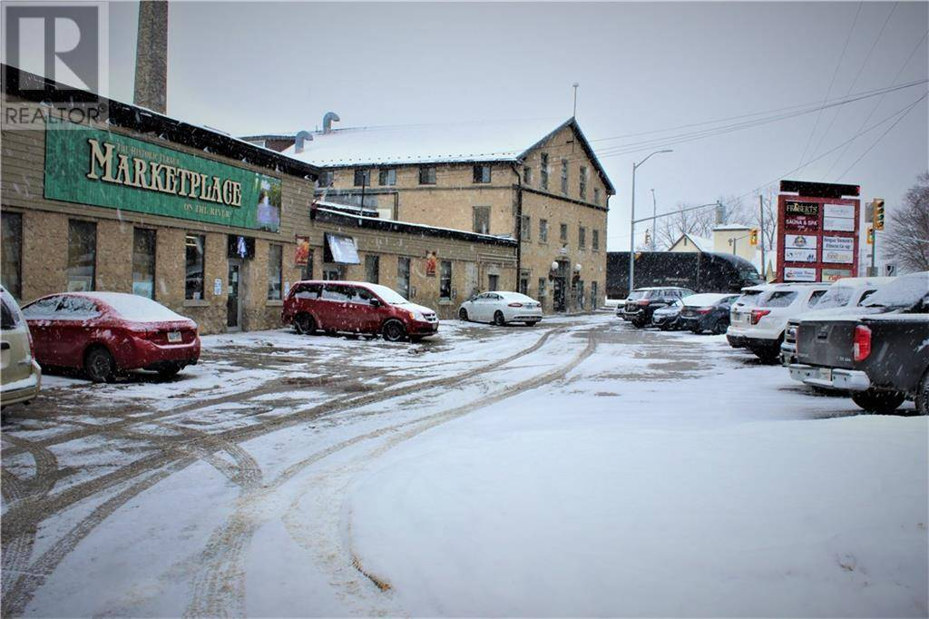 Residential property for sale at 105 Queen St West Unit 15 Fergus Ontario - MLS: 30780362