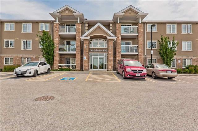 Sold: 15 - 137 Sydenham Wells , Barrie, ON