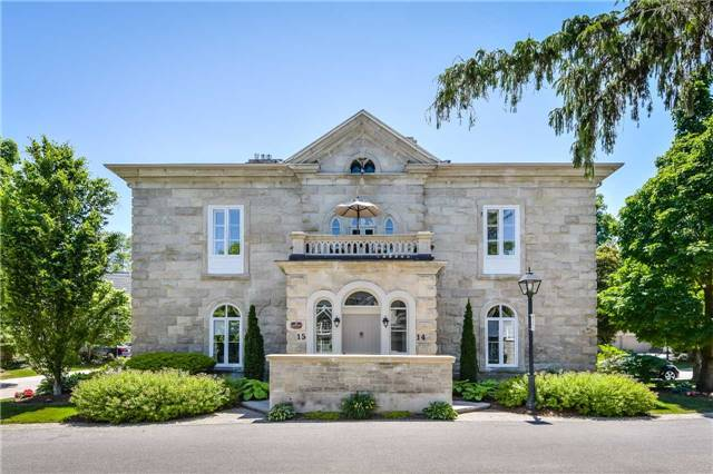 Buliding: 25 Manor Park Crescent, Guelph, ON