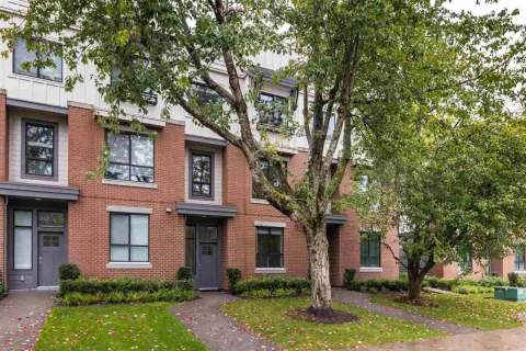 Townhouse for sale at 2999 151 St Unit 15 Surrey British Columbia - MLS: R2502211