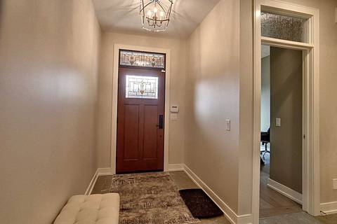 Condo for sale at 30 Power Glen Unit 15 St. Catharines Ontario - MLS: X4669270