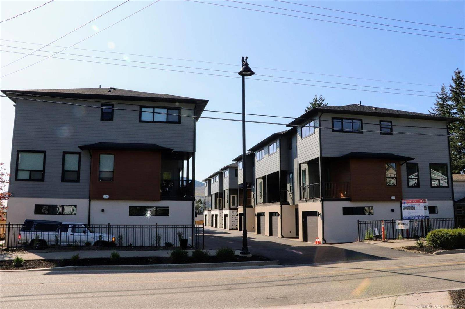 Townhouse for sale at 4602 20 St Unit 15 Vernon British Columbia - MLS: 10199433