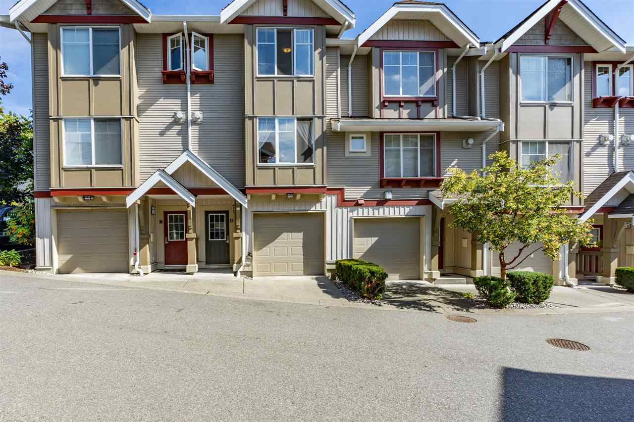Buliding: 6651 203 Street, Langley, BC