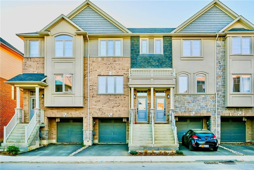 Townhouse for sale at 15 Barley Ln Ancaster Ontario - MLS: H4093692