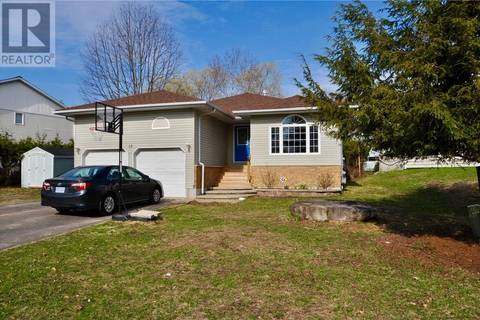 House for sale at 15 Beechwood Path Huntsville Ontario - MLS: 193039