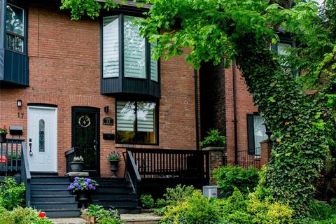 Townhouse for sale at 15 Bertmount Ave Toronto Ontario - MLS: E4493290