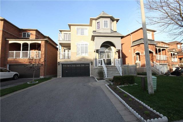 For Rent: 15 Boom Road, Vaughan, ON | 4 Bed, 3 Bath House for $2,600. See 3 photos!