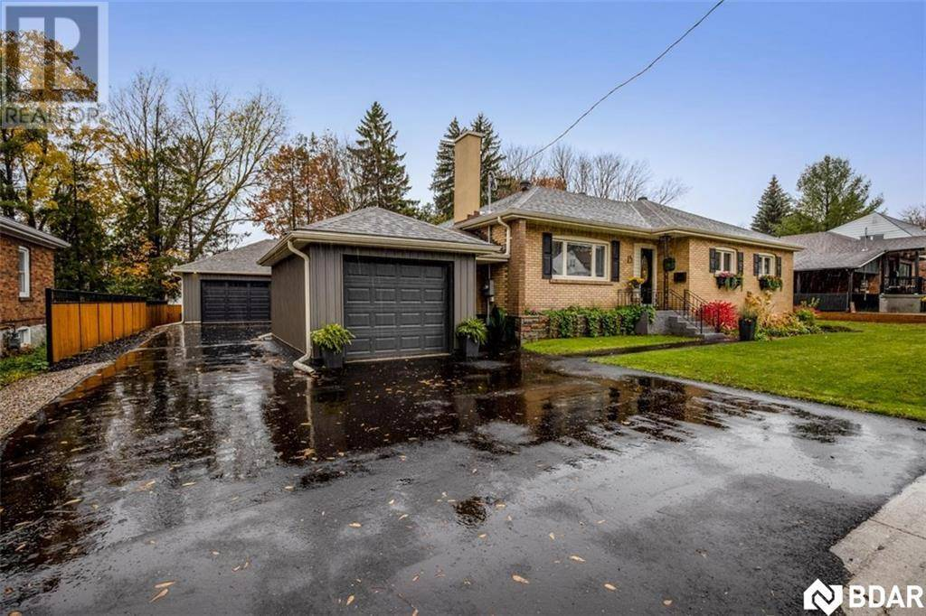 House for sale at 15 Bowman Ave Barrie Ontario - MLS: 30775501