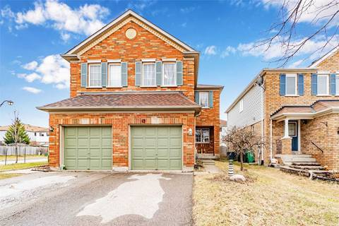 Townhouse for sale at 15 Bunchberry Wy Brampton Ontario - MLS: W4733877