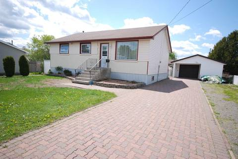 House for sale at 15 Burriss St Thunder Bay Ontario - MLS: TB191882