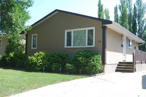 House for sale at 15 Carmichael By Regina Saskatchewan - MLS: SK783110