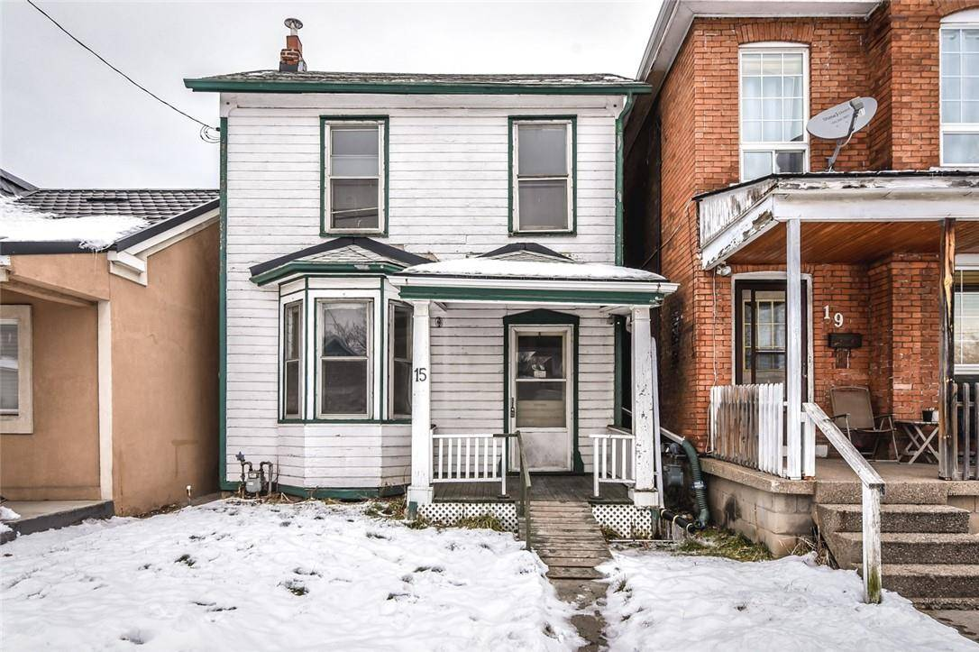 House for sale at 15 Century St Hamilton Ontario - MLS: H4070892