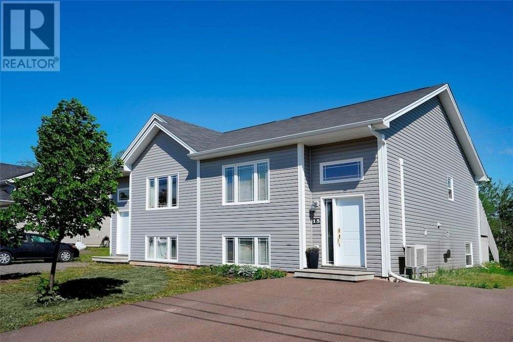 House for sale at 15 Clarendon Dr Moncton New Brunswick - MLS: M128770